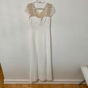 BCBG - Gorgeous white gown